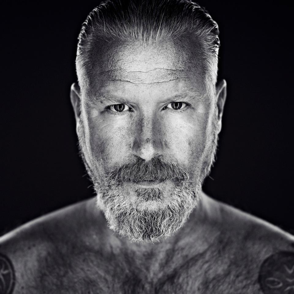 Eric Corton – FACES by Jacob van Rozelaar